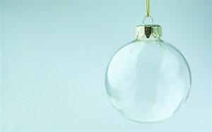 transparent_glass_Christmas_ball_wallpaper_medium